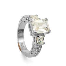 18k fehérarannyal bevont gyűrű téglalap alakú Swarovski jellegű kristályos díszítéssel #7 + AJÁNDÉK DÍSZDOBOZ gyűrű
