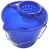 NEMMEGADOTT felmosóvödör csavarókosárral kerek 12 literes