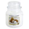 Yankee Candle Soft Blanket illatos gyertya  411 g közepes + minden rendeléshez ajándék.