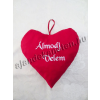 Piros szív párna 30 cm hímzett ÁLMODJ VELEM felirattal
