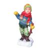 Gyerek-hóban sétáló fiú