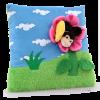DEDRA Plüss párna - virág méhecskével (Plüss párna - virág méhecskével)
