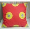 Piros sárga karikás díszpárna/Cikksz:03210131