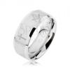 Gyűrű acélból ezüst színben, matt sáv kereszttekkel és szabadkőműves szimbólumokkal