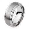 Sima tungsten gyűrű, enyhén kidomborodó, matt felszín, ezüst szín