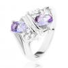Ezüst színű gyűrű, fényes kettős spirál, világoslila és átlátszó cirkóniák