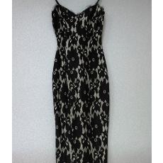 Fekete virágos csipkés ruha- Egy méret