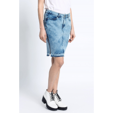 Noisy May Szoknya Mina