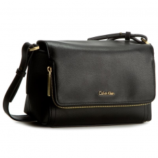 Calvin Klein Black Label Táska CALVIN KLEIN BLACK LABEL - Myr4 Flap Crossbody With Zip K60K602399 001