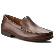 Clarks Mokaszin CLARKS - Claude Plain 261243147 Brown Leather