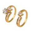 2 részes, egymásba fonódó gyűrű aranybevonattal, CZ kristályos díszítéssel #6,5 + AJÁNDÉK DÍSZDOBOZ (1085.)