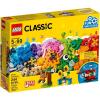 LEGO Classic 10712 - Kockák és figurák