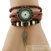 Angyalszárnyas bőr női karkötő-óra, barna
