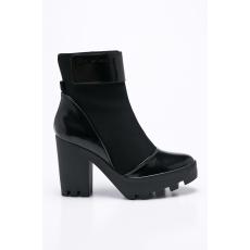 Calvin Klein Jeans - Magasszárú cipő Sister Neoprene - fekete