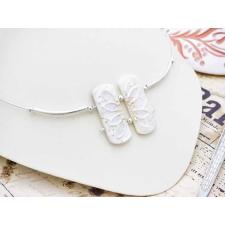 Fehér lótusz gyöngyház sodrony nyakláncon nyaklánc