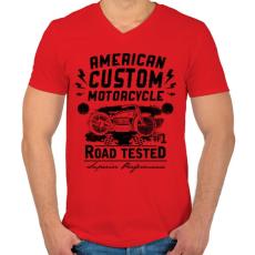 PRINTFASHION Hagyományos amerikai motor - Férfi V-nyakú póló - Piros