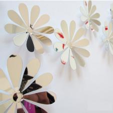 Tükrös 3D virágok tapéta, díszléc és más dekoráció